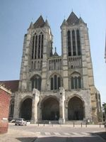 Церковь Сен-Кантен