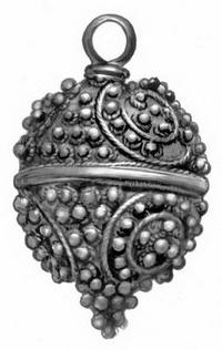 Серебряная пуговица с зернью